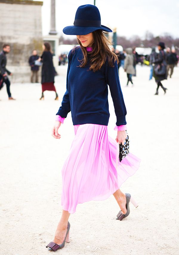 Navy and pink might be our new favorite color combo.