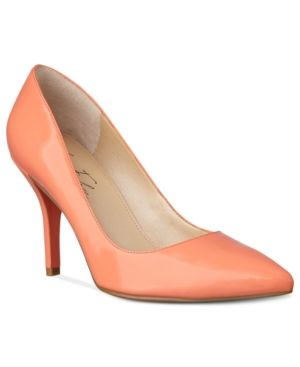 Marc Fisher Jubalen Pumps