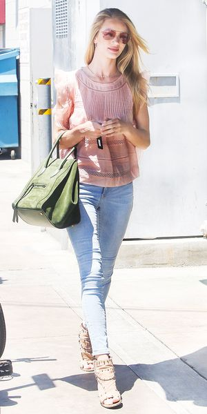 Rosie Huntington-Whiteley Steps Out In Summer Favorites