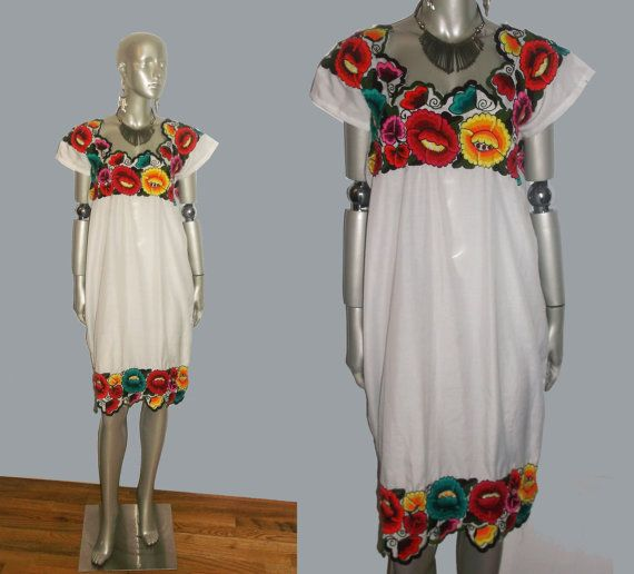 Vintage 1970's White Multicolor Floral Scallop Caftan Dress