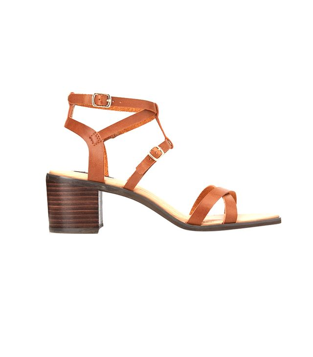 Forever 21 Favourite Chunky Sandals ($33) in Brown