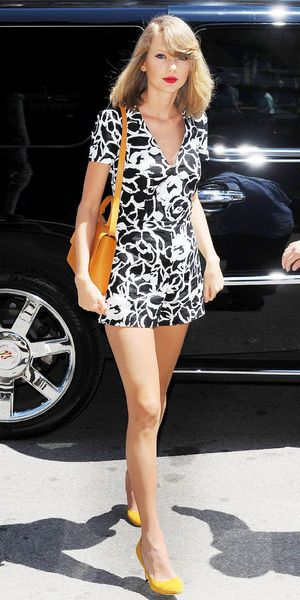 Taylor Swift's Perfect For Summer Leggy Romper