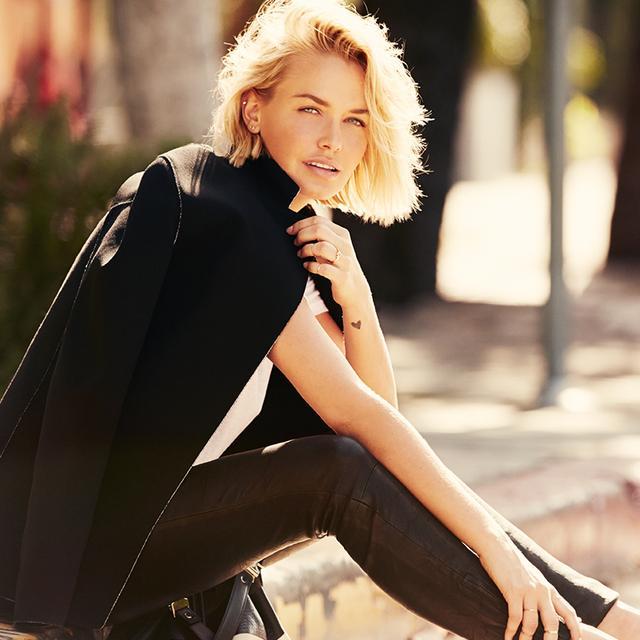 Australian Model Lara Bingle Masters The Minimalist Look For Summer