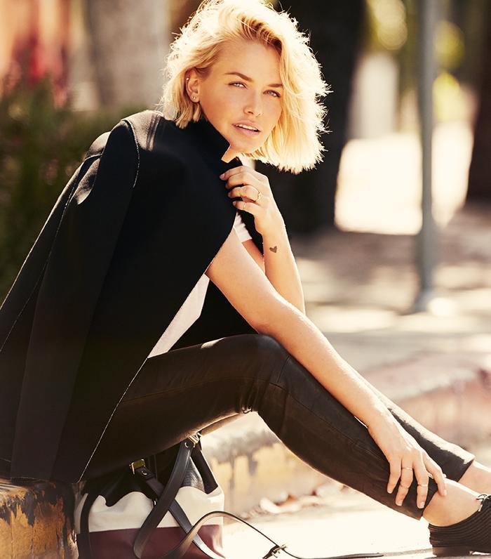 Australian Model Lara Bingle Masters The Minimalist Look ...