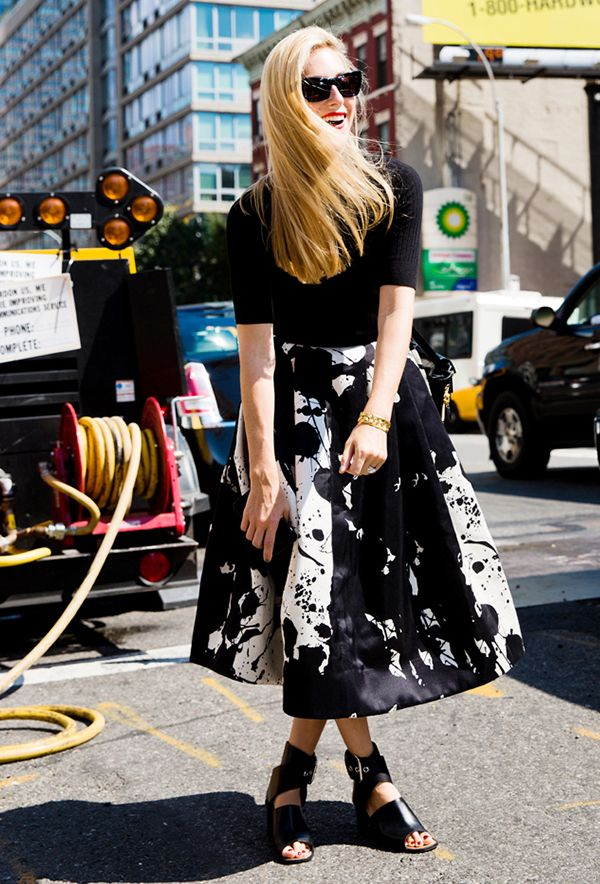 Think you can't wear a midi skirt with flats? Think again.