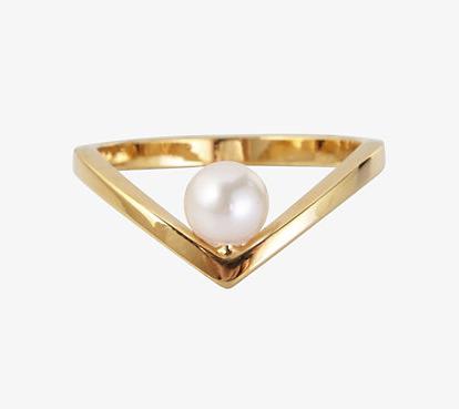 Vita Fede Pearl V Ring