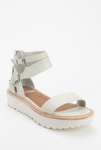 Dolce Vita Zenith Flatform Sandal