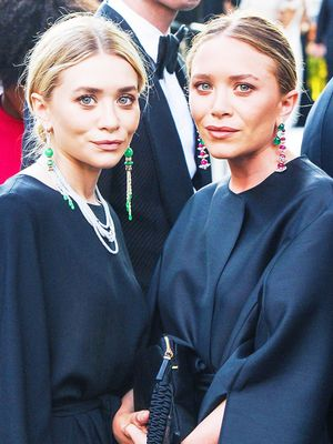12 Signs You're Actually An Olsen Twin