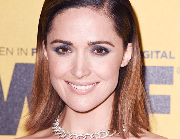 Rose Byrne's Grey-Blue Smoky Eye Is A Total Show Stopper