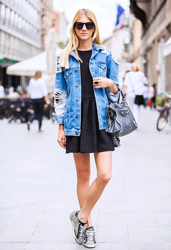 How To Wear An Oversized Denim Jacket | WhoWhatWear AU