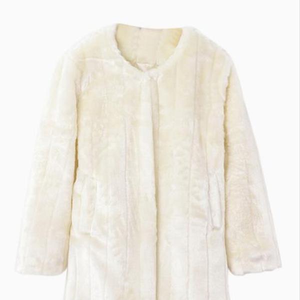 Choies White Faux Fur Textured Coat