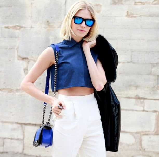 Street Style: Blue Mirrored Sunglasses