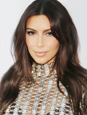 Kim Kardashian Is Back To Blonde!