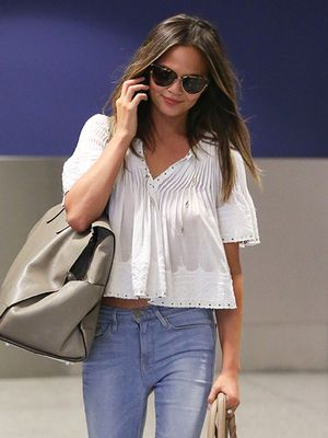 Must Try: Chrissy Teigen's Stylish Nod To The '70s