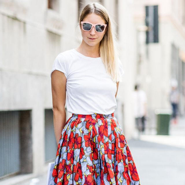 Tip of the Day: A Summery Way To Wear Your Basic Tee