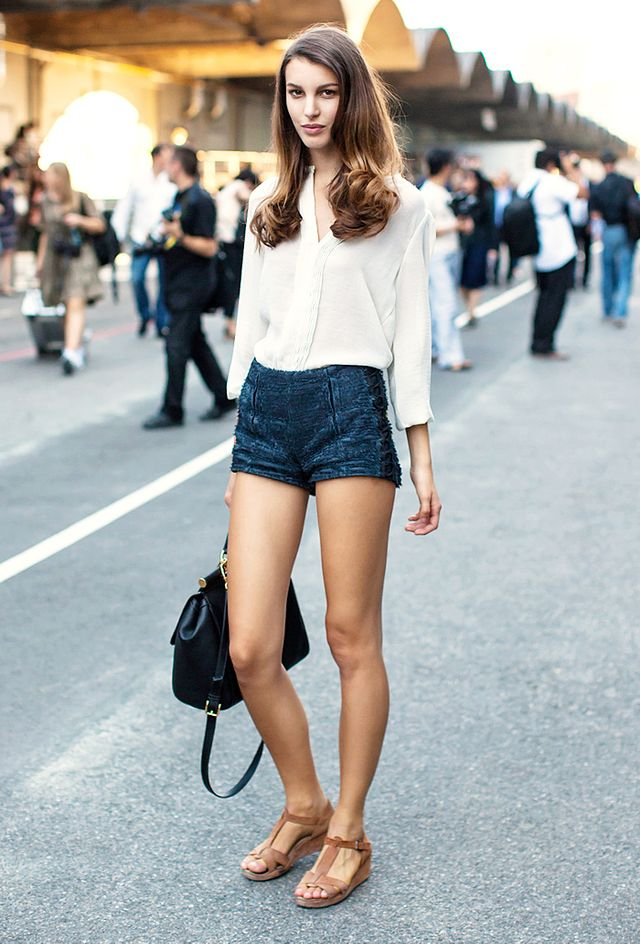 Your Complete Guide To What Shoes To Wear With Shorts | WhoWhatWear