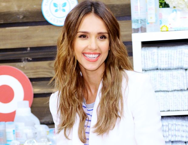 Get The Look: Jessica Alba's Perfectly Undone Waves