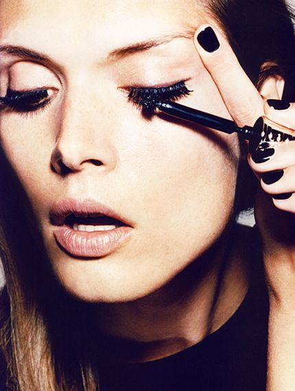 Why You Should Be Conditioning Your Lashes