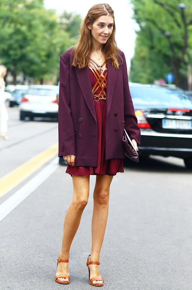 Tip 11: Throw an oversized blazer on top of a dainty chiffon dress.