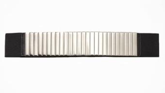 Express Segmented Metal Center Stretch Belt