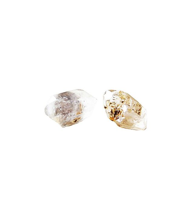 giantLION Quartz Studs