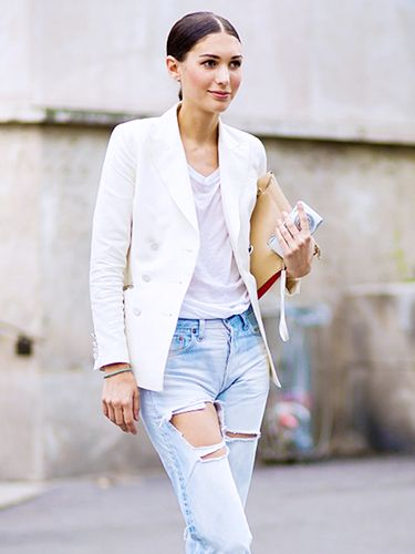 The 5 Best White T-Shirts To Wear With Everything