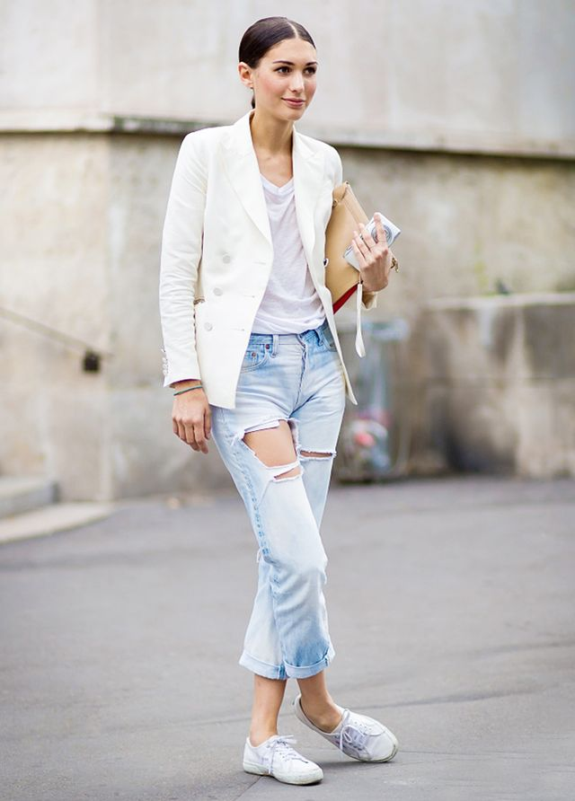 The 5 Best White T Shirts To Wear With Everything