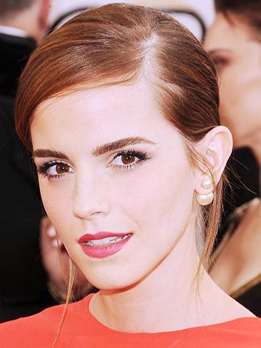 How To Rock A Single Earring Like Emma Watson