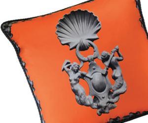 Be Italian: Toss a Roman Pillow