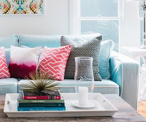 6 Bright Pillows to Put Some Spring in Your Step