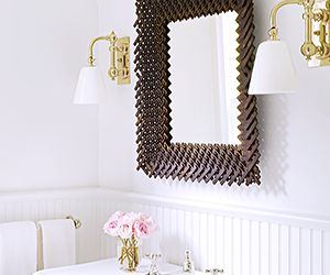 Your expert guide to bathroom lighting mydomaine au for Bathroom lighting design guide