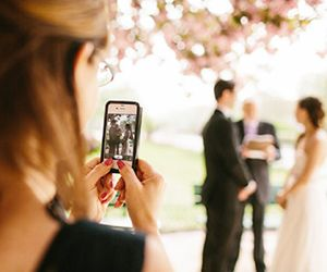 The 13 Best Apps For Planning a Wedding