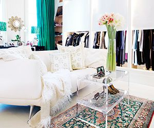 The 5 Most Essential Items For an Enviable Closet